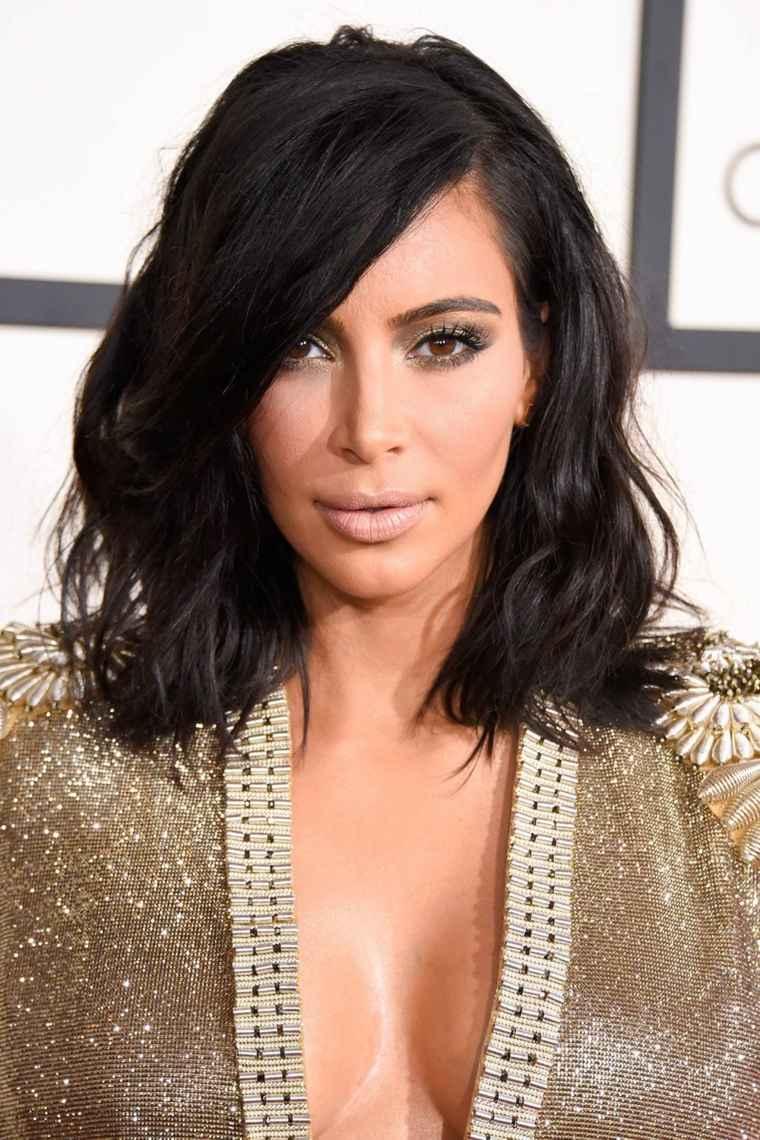 kim-kardashian-color-negro-cabello-estilo