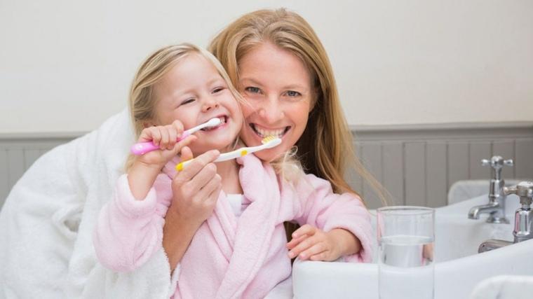 lavarse-lo-dientes-regularmente