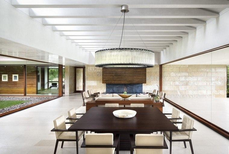 mesa-comedor-madera-contrastante