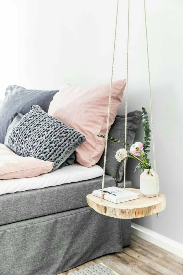mesita-de-madera-cruda