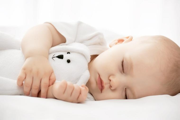 musica-ayuda-bebe-dormir-noche