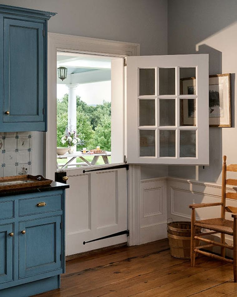 puerta holandesa en la cocina