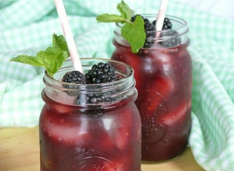 recetas de bebidas-limonada-con-moras
