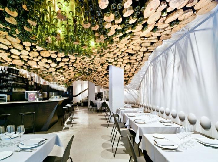 restaurante diseño cortinas blancas