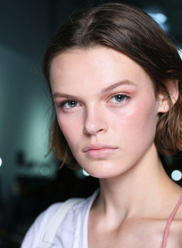 rubor-maquillaje-estilo-moderno
