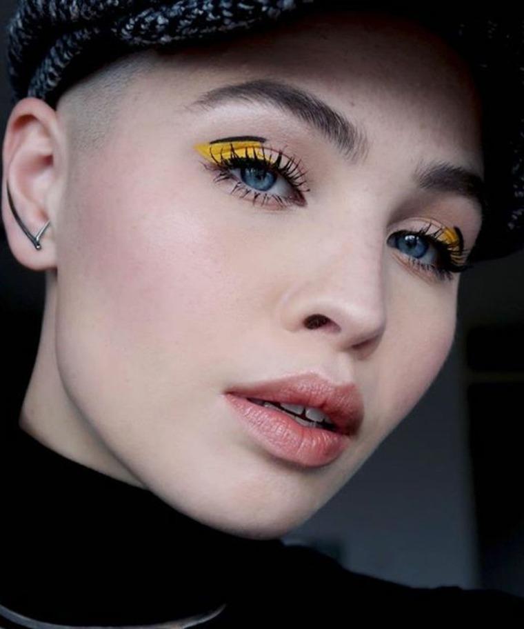 Sombras de color amarillo