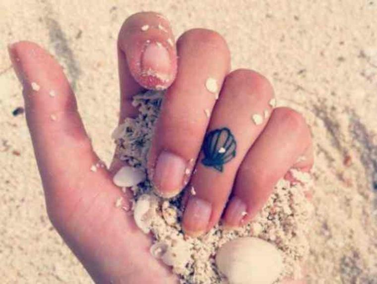 Tatuaje de una concha marina