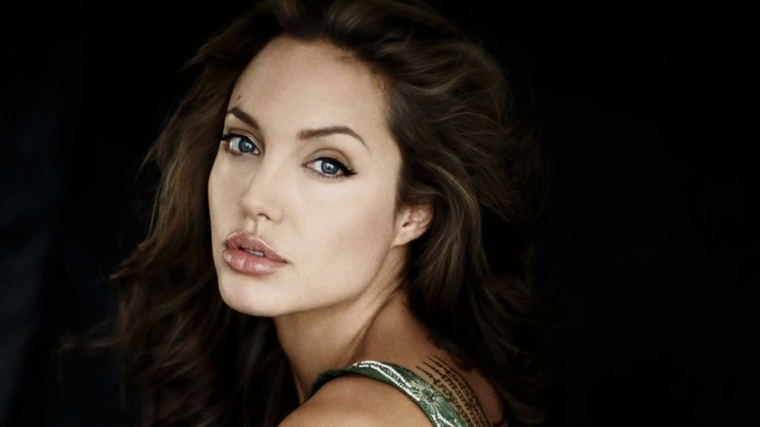 actrices guapas-angelina-jolie