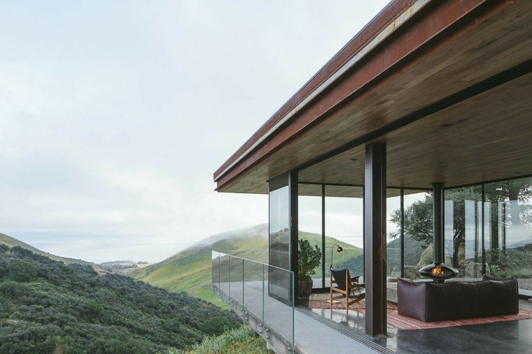 Off-Grid Guest House
