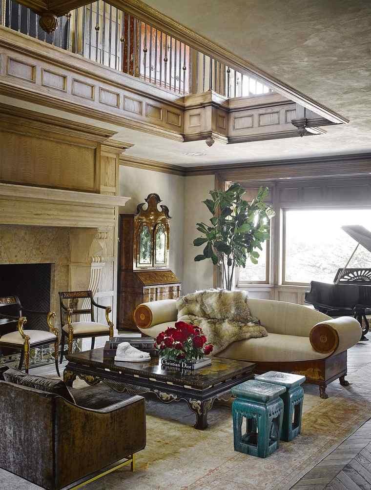 colores-para-interiores-diseno-salon-techo-alto