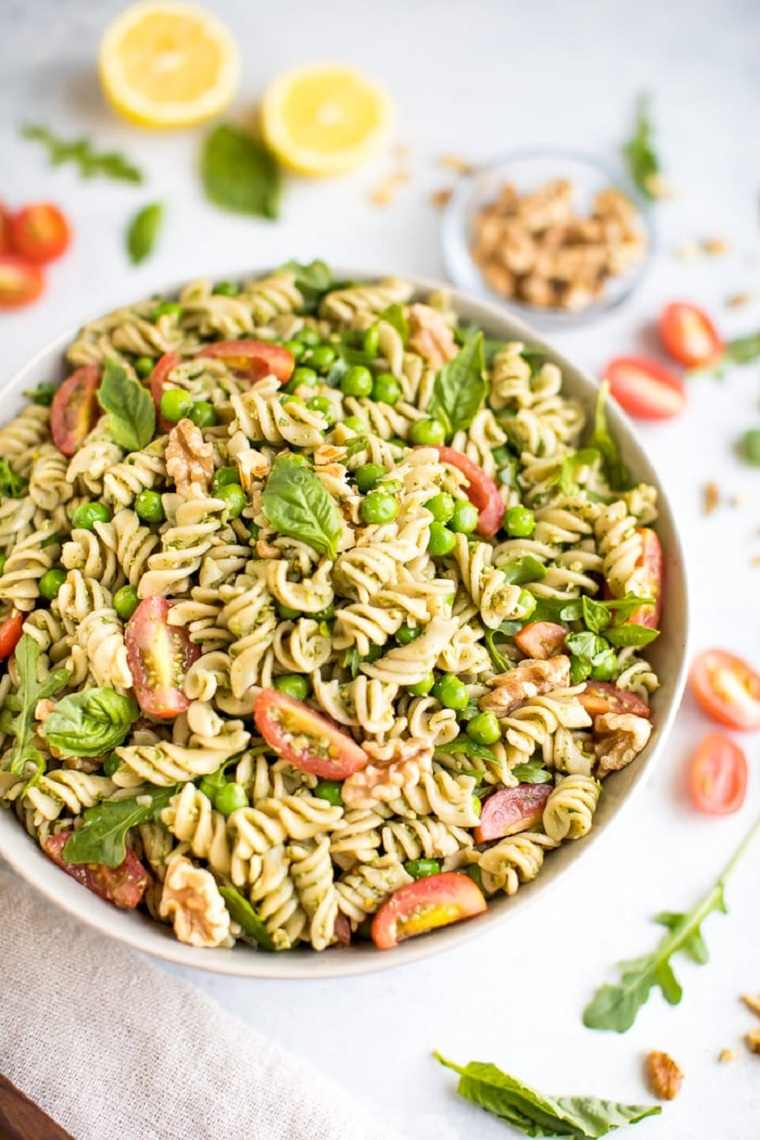comida-vegana-facil-ideas-ensalada-pasta-pesto-rica