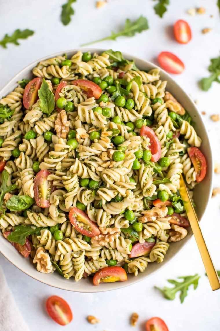 comida vegana fácil ideas-ensalada-pasta