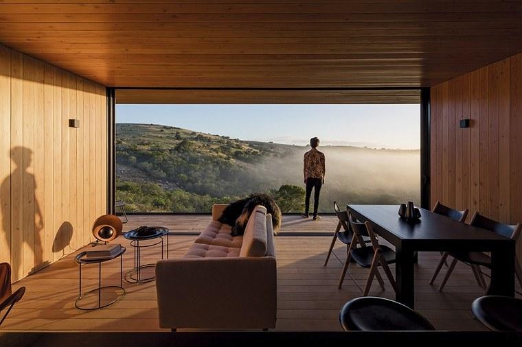finca interiores acabados madera