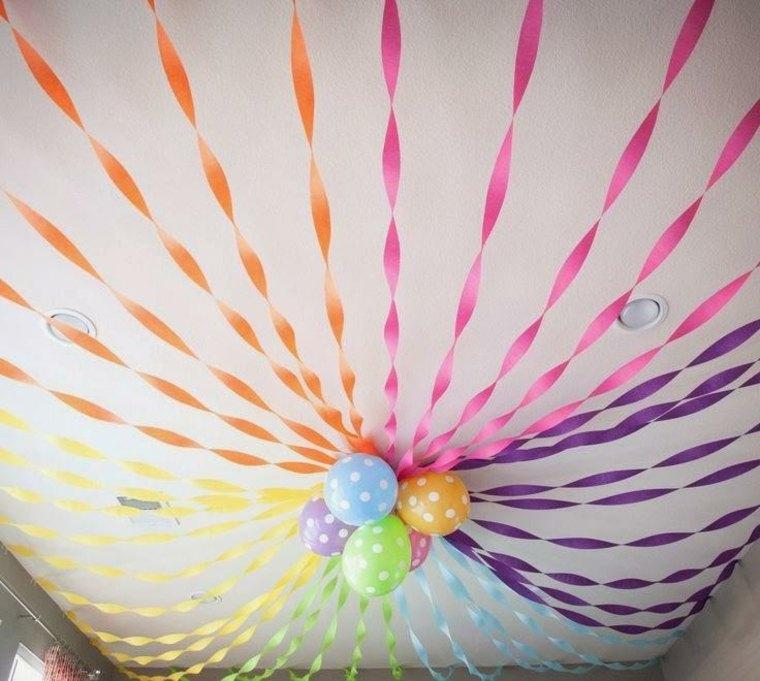 decorar con globos y guirnaldas
