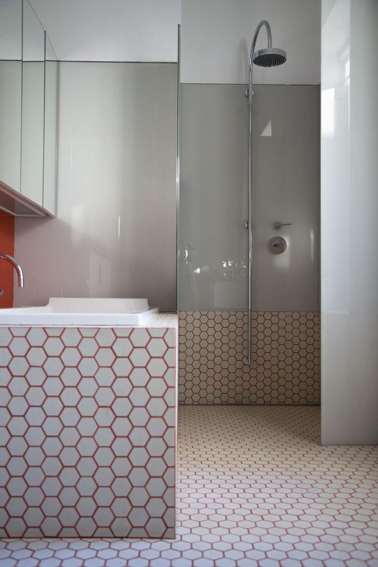 ideas para decorar-paredes-bano-pequeno