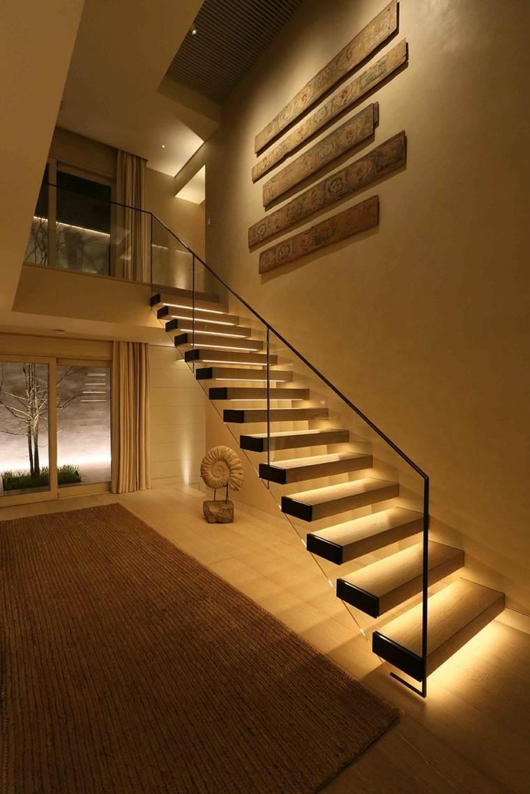 lampara de piso minimalista-escaleras