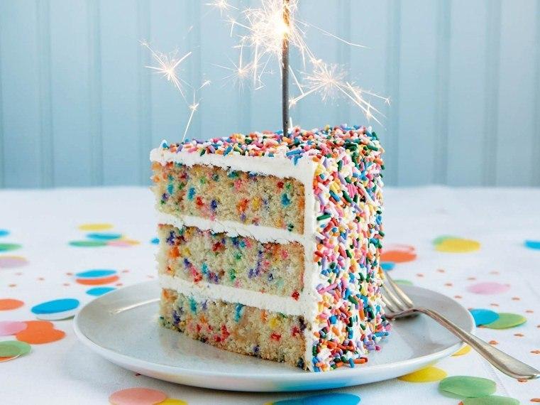 pasteles-de-cumpleanos-para-ninas-coloridos