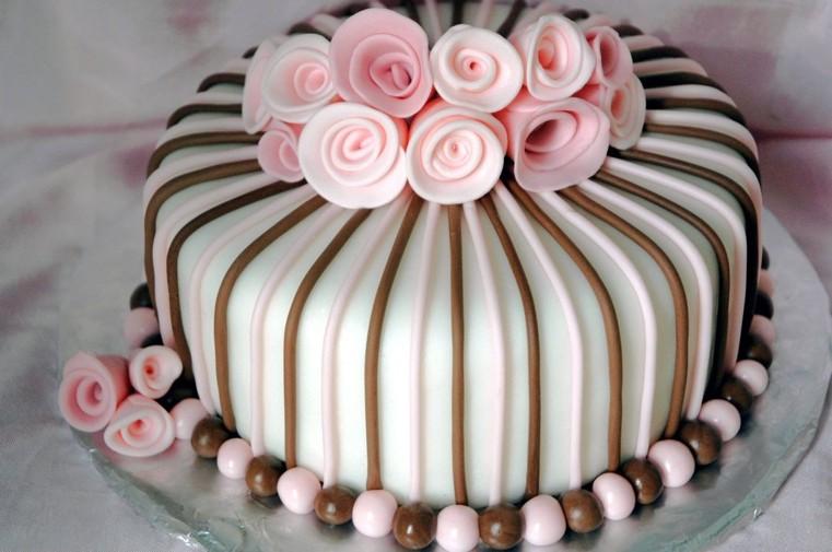 pasteles-de-cumpleanos-para-ninas-ideas-elegantes