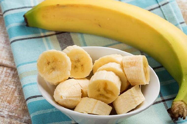 periodo-de-lactancia-comida-frutas-platanos