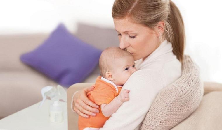 periodo de lactancia-madre-comida-drutas-verduras