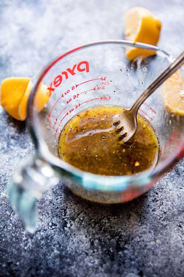 recetas-brocoli-ideas-ensalada-limon-ajo-aderezo