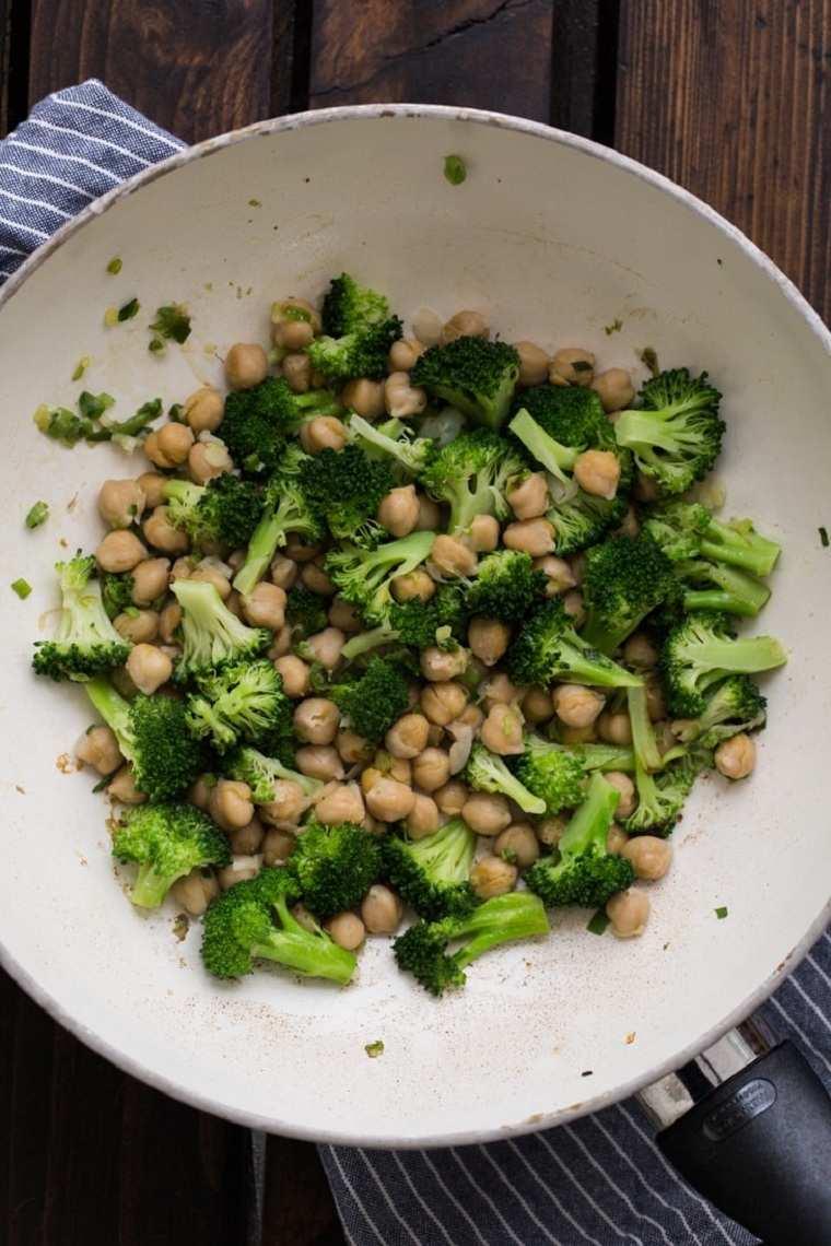 recetas con brócoli-garbanzos-salsa-Teriyaki-casera