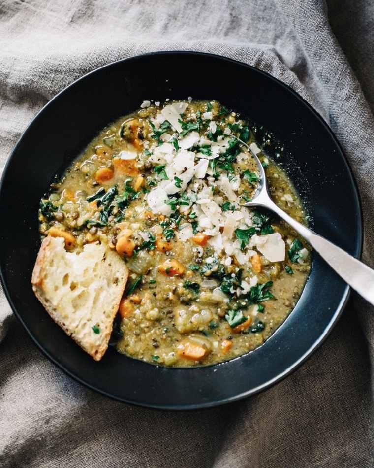 recetas-vegetarianas-faciles-sopa-lentejas-ideas