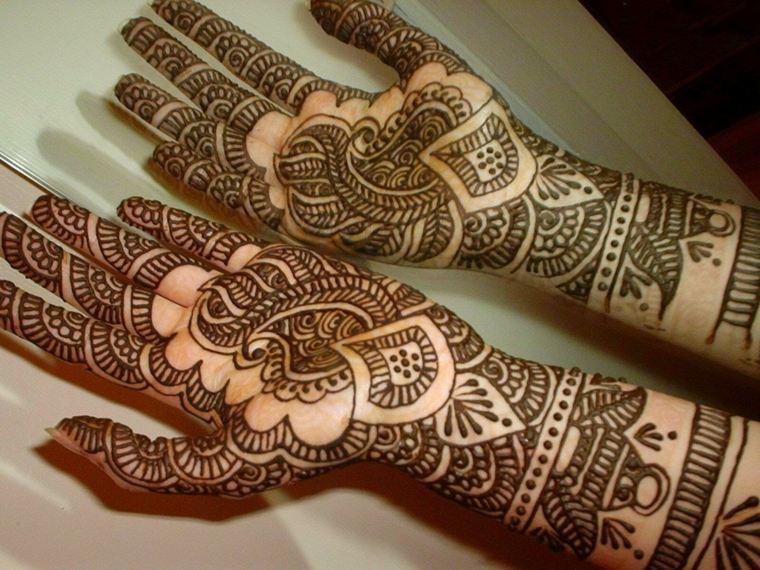 tatuajes-de-henna-palmas