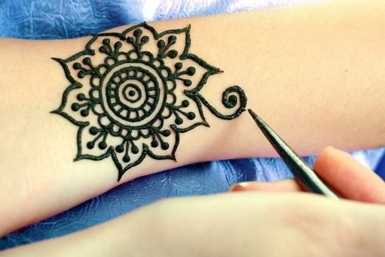 tatuajes-de-henna-simples (2)