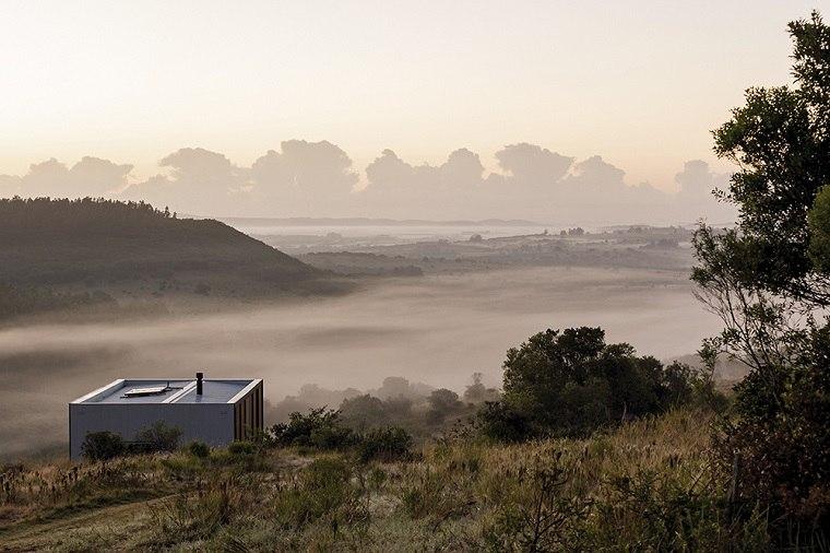 vista-campo-abierto-neblina