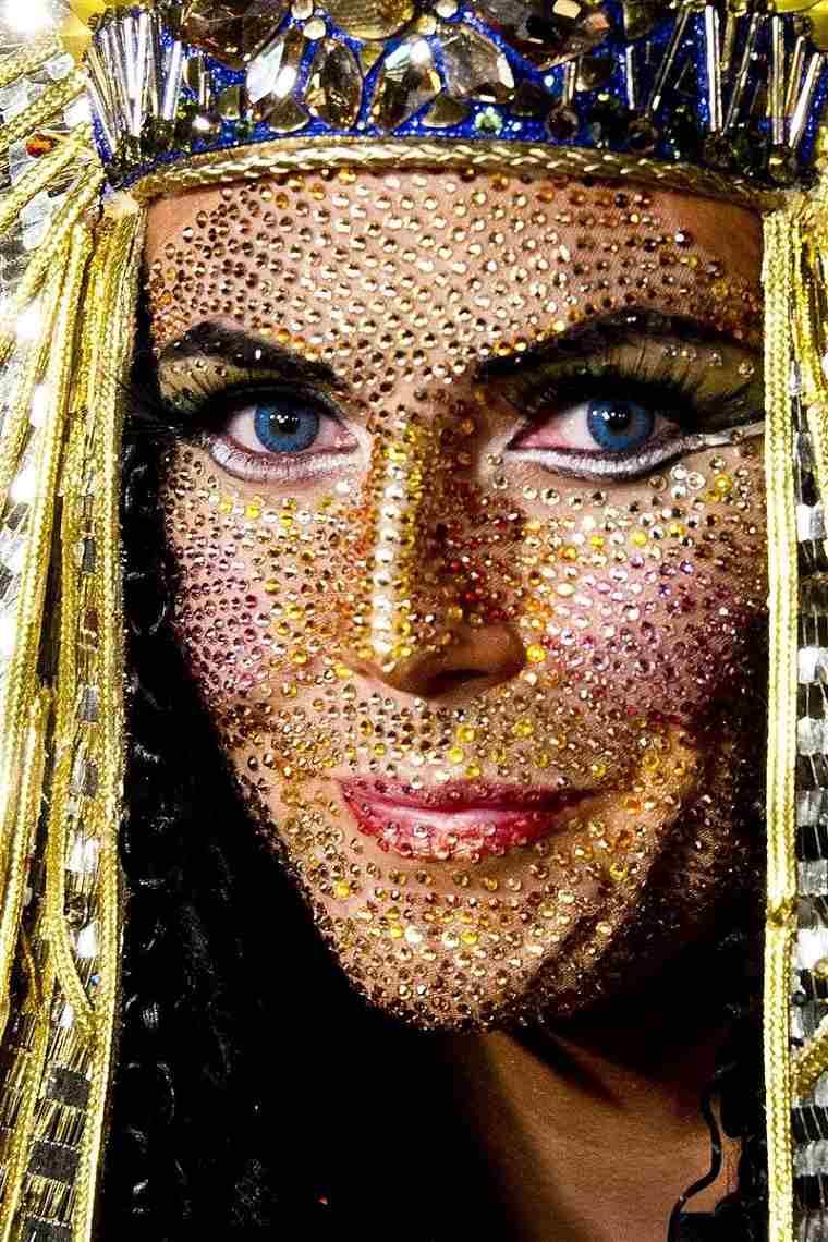 Heidi-Klum-2012-Halloween-fiesta-cleopatra