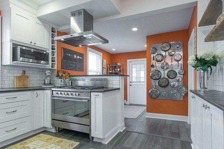 accesorios de cocina ideas-tablejo-clavijas-acero-grande