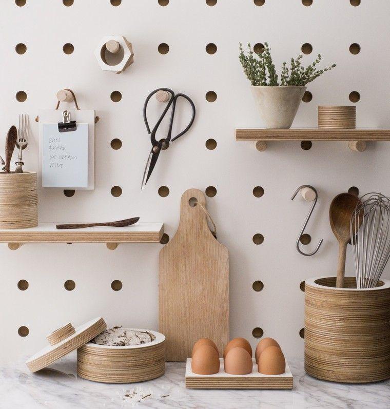 accesorios-de-cocina-ideas-tablejo-clavijas-estantes