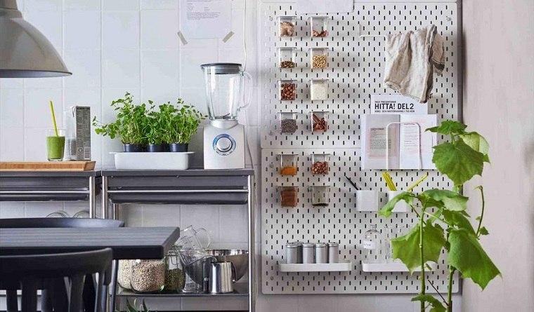 accesorios-de-cocina-ideas-tablejo-clavijas--organizacion