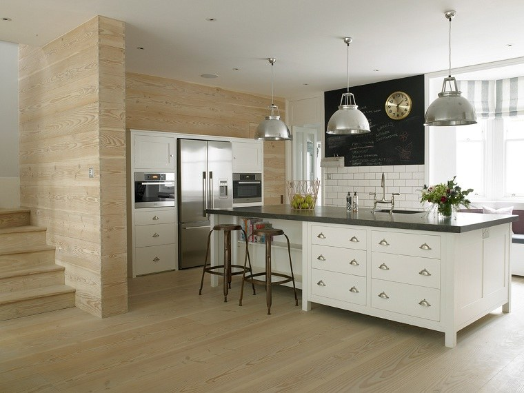 casa-amplia-isla-cocina-diseno-Stephen-Fletcher-Architects