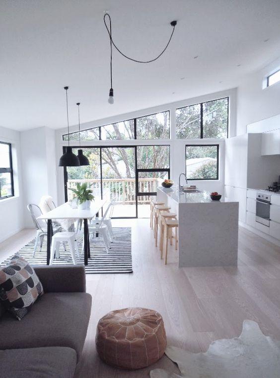 cocina-abierta-sofa-gris