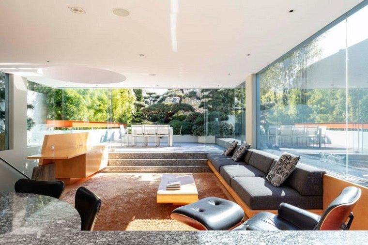 cristal paredes altas iluminacion interior