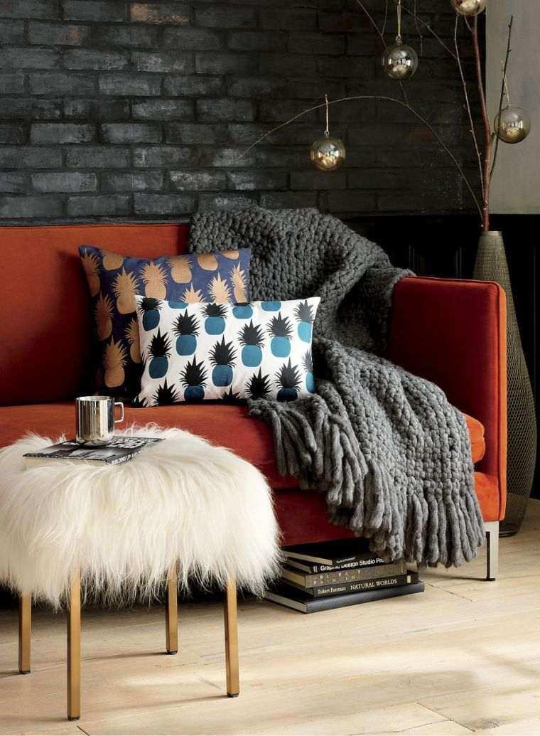 decoracion-interiores-acogedores-mantas-colores