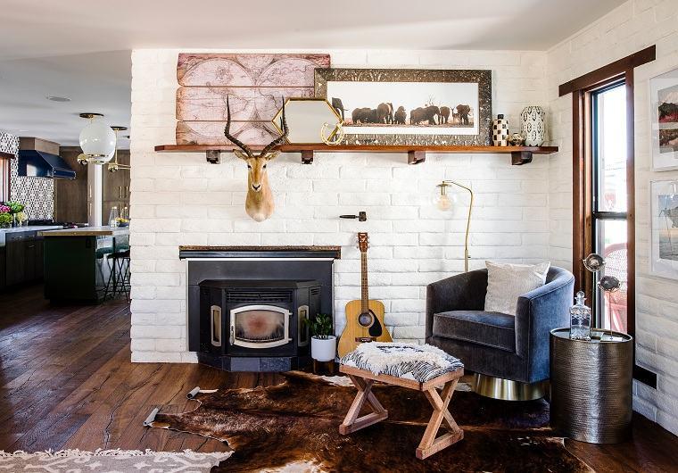 decoracion-interiores-acogedores-sala-chimenea