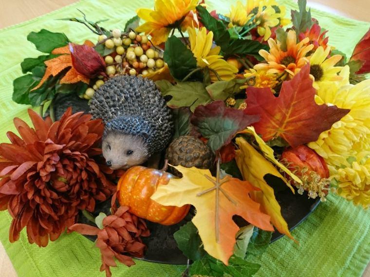 decoracion otono infantil-hojas-secas