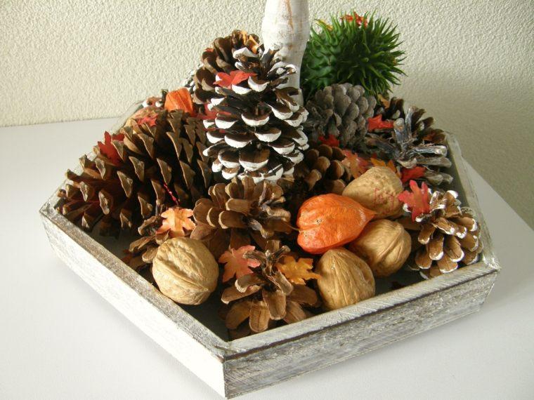 decorar hojas de otono-pinas