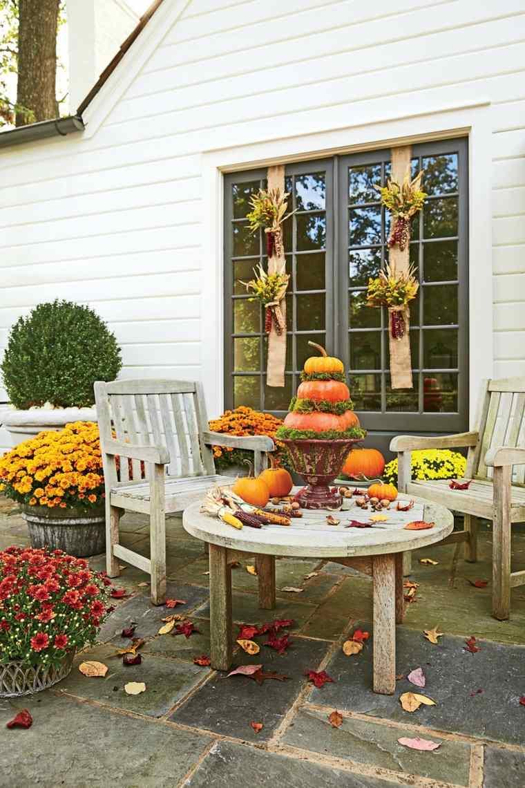 bonita terraza decoración de otoño