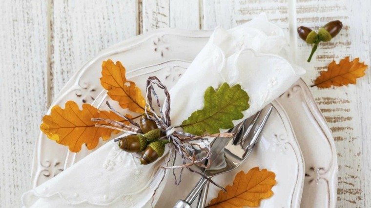 hojas de otono para decorar-mesa