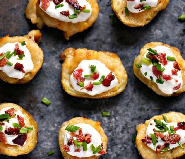 patatas-al-horno-bacon-queso-crema-receta-estilo