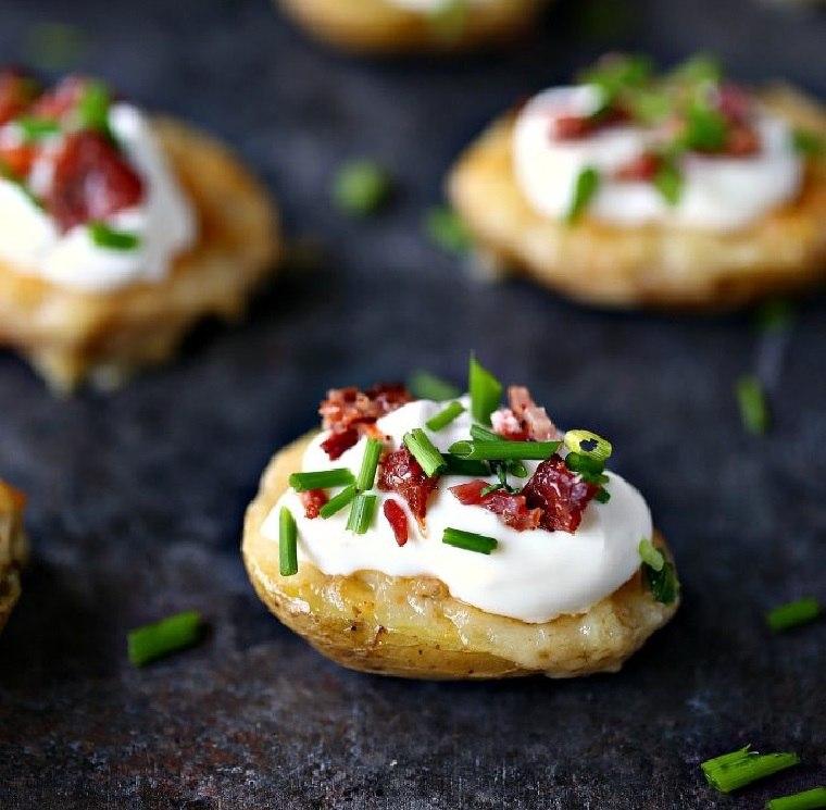 patatas-al-horno-bacon-queso-crema-receta