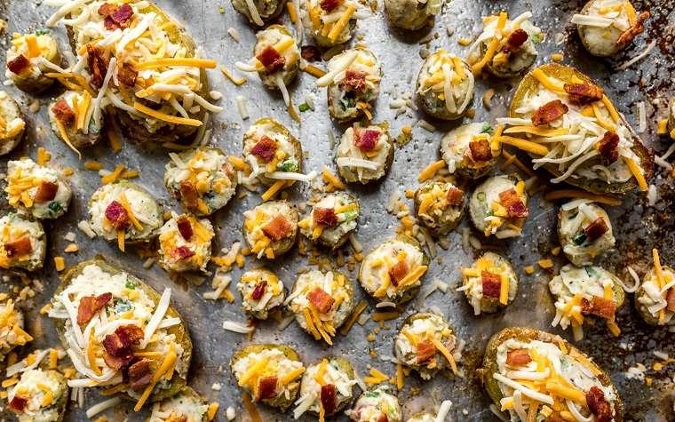 patatas-al-horno-bacon-receta-ideal-relleno-rico