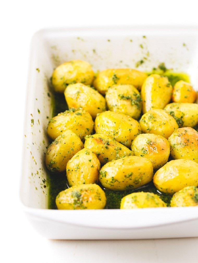 patatas al horno-ideas-recetas-rapidas-pesto