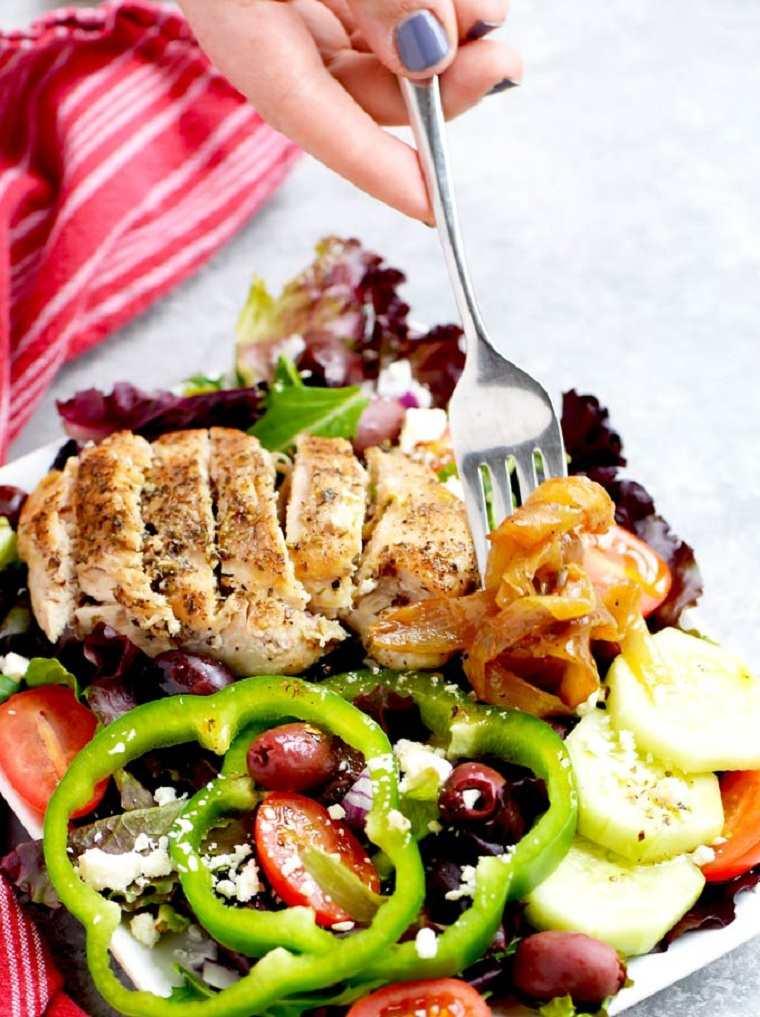 receta-facil-rapida-pollo-ensalada-griega-ideas