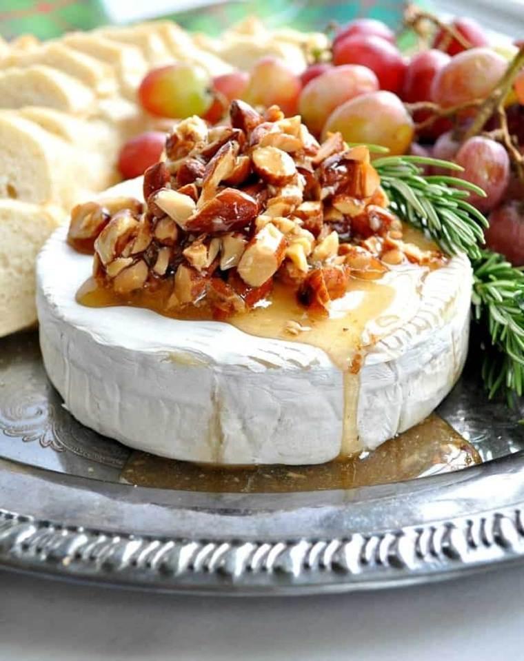 recetas de navidad-queso-brie-almendras