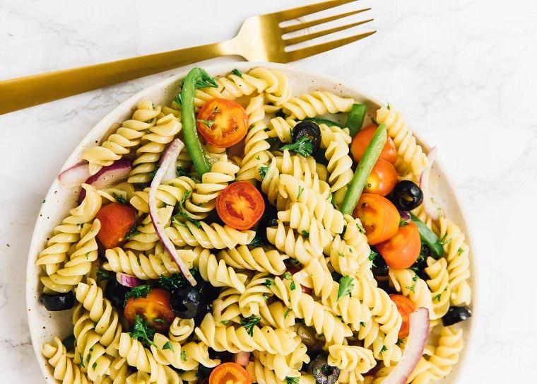 recetas-faciles-y-sanas-opciones-ensalada